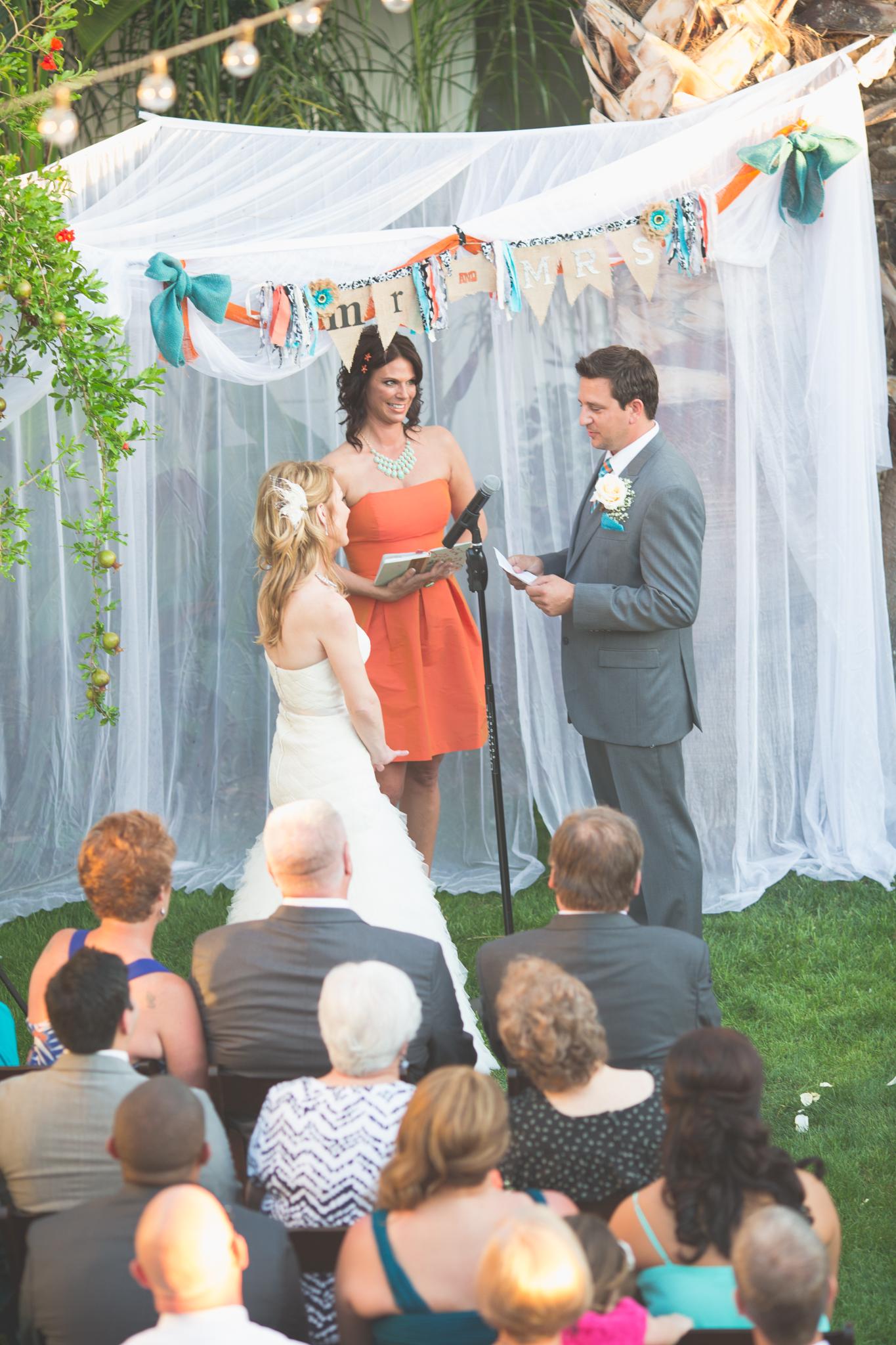 arizona-wedding-photography-groom-vows-ceremony
