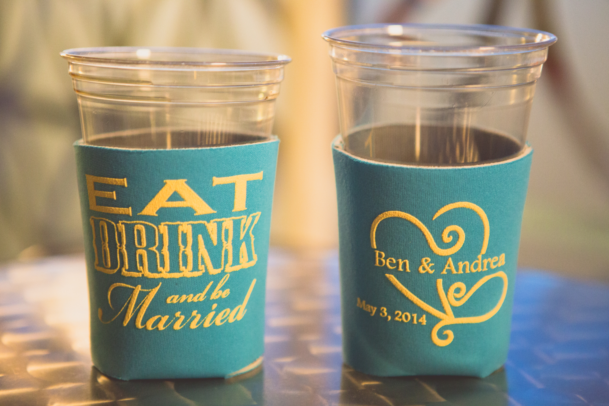 awesome-wedding-party-favors-beer-cozy-aaron-kes-photography