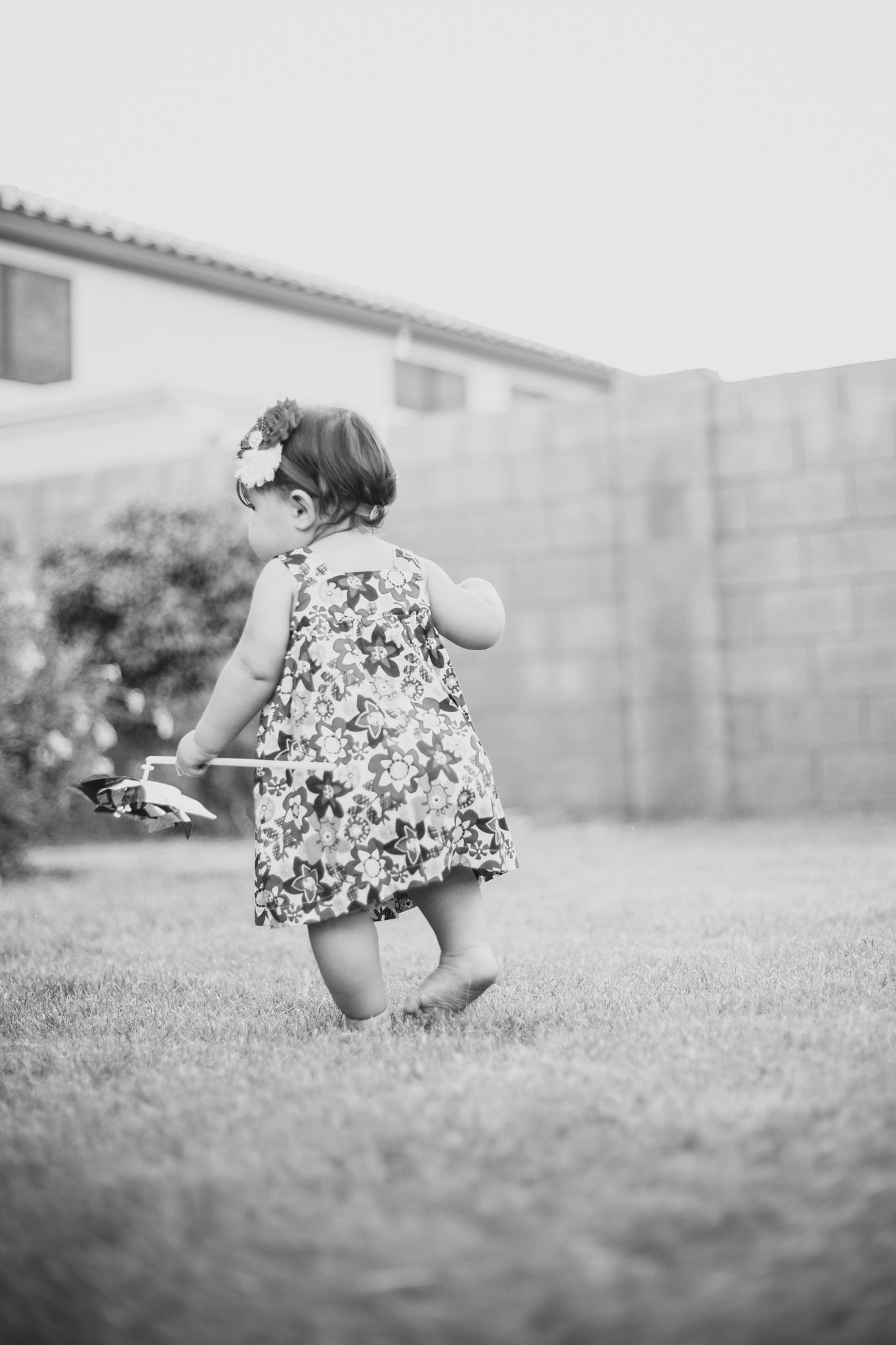 mar-baby-birthday-photo-shoot-black-and-white
