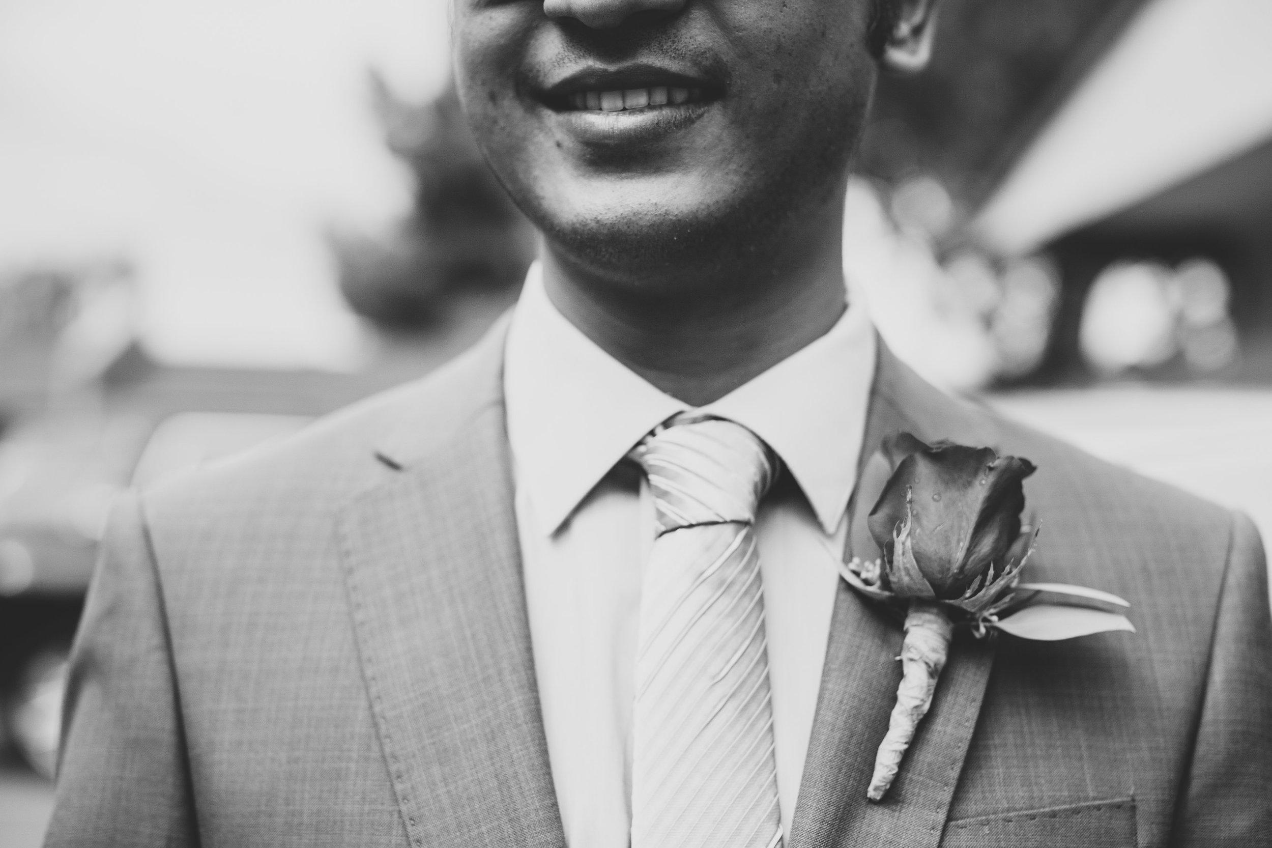 karthik-black-and-white-close-up-boutineer