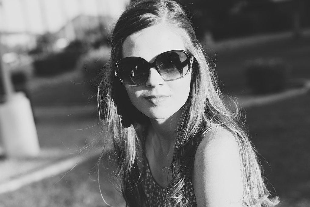 peoria-senior-photographer-ccv-amber-shades