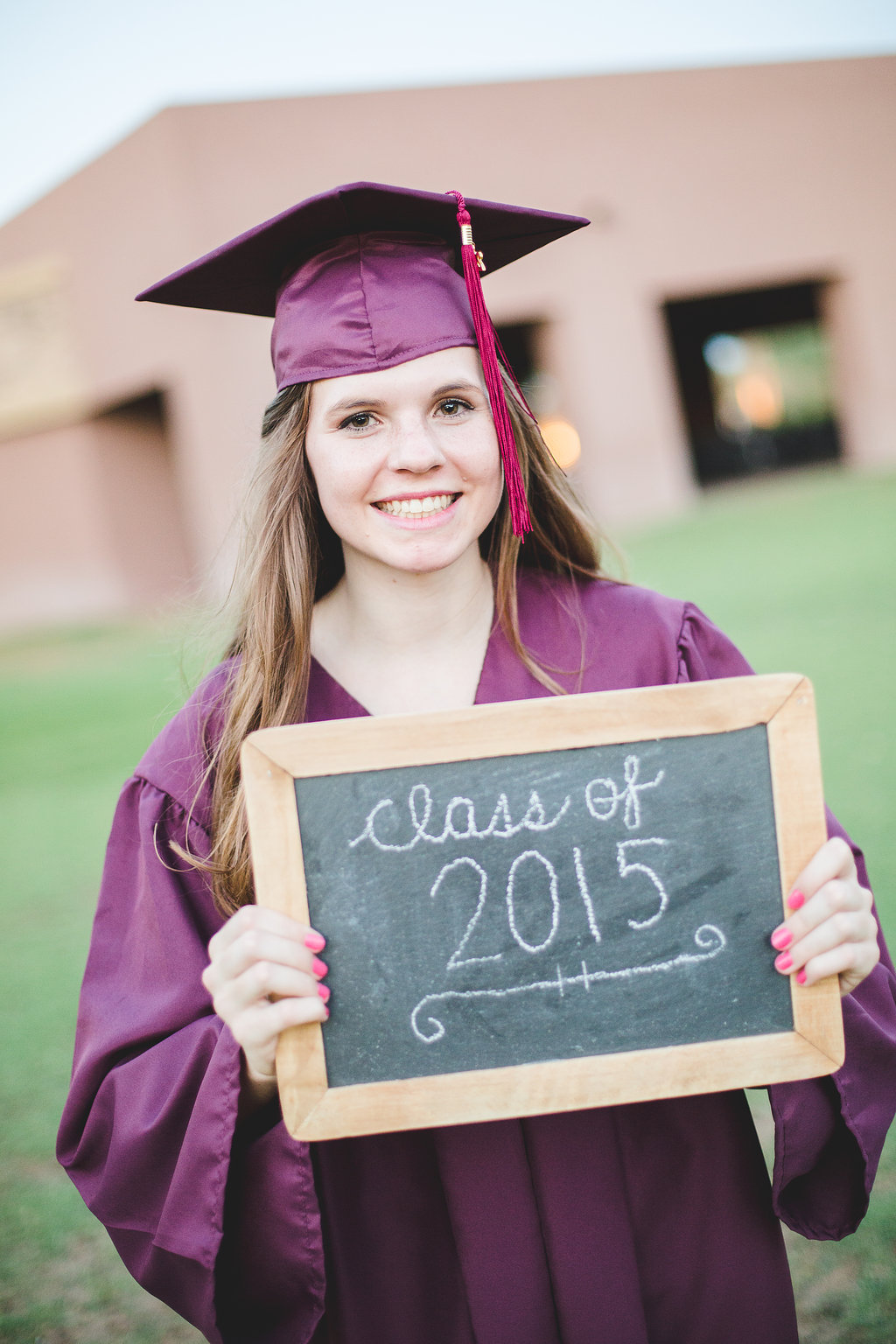 2015-senior-photos-amber-cap-and-gown-chalkboard