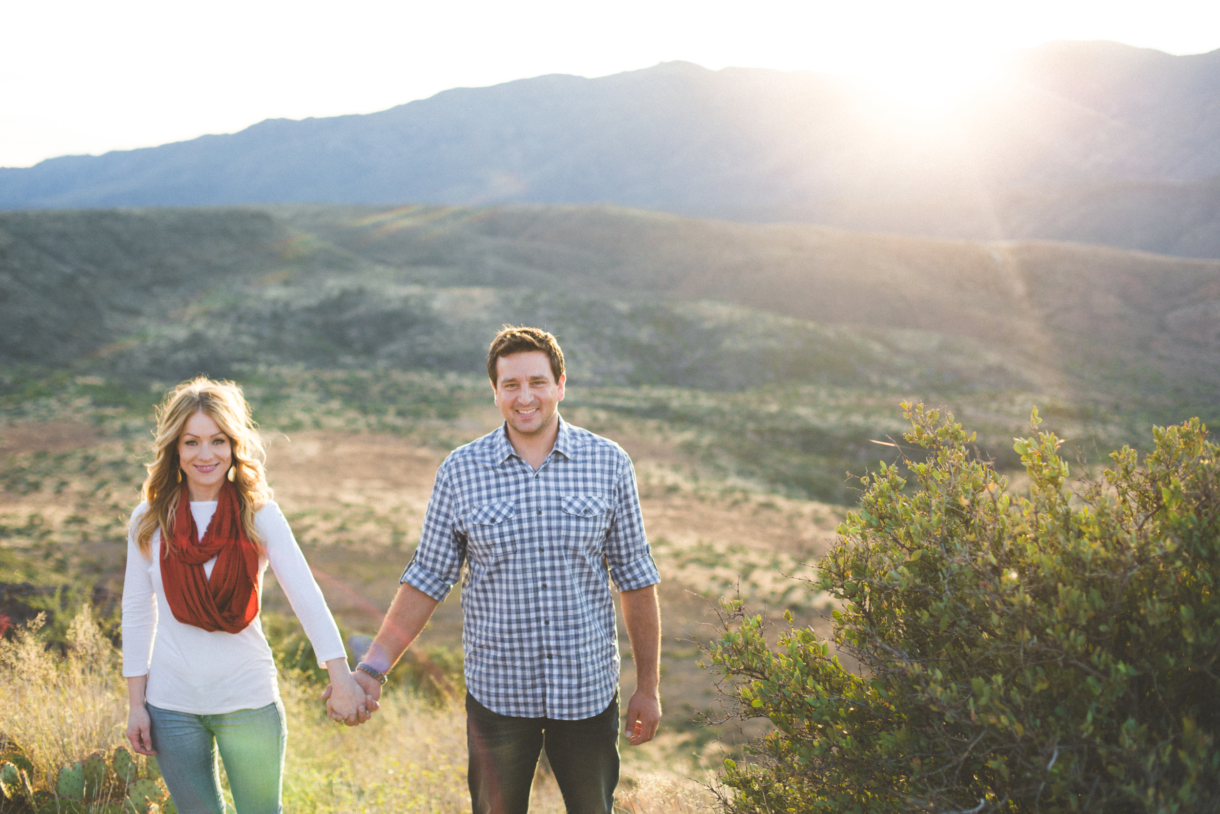 ben-and-andrea-hand-in-hand-engagement-photography-phoenix