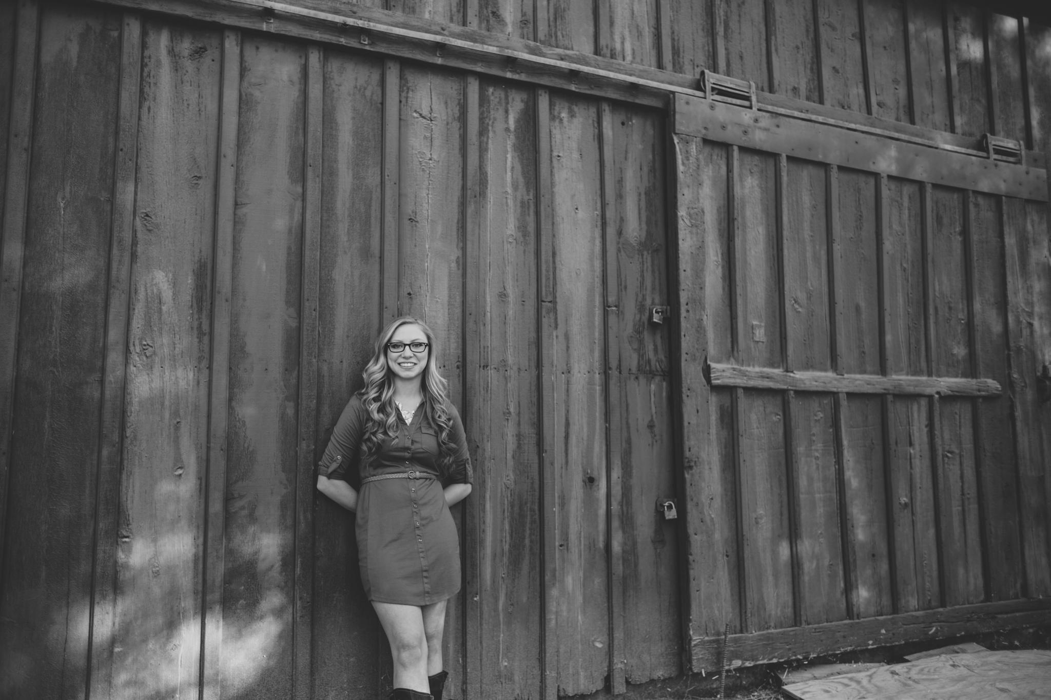 black and white senior photo desi barn