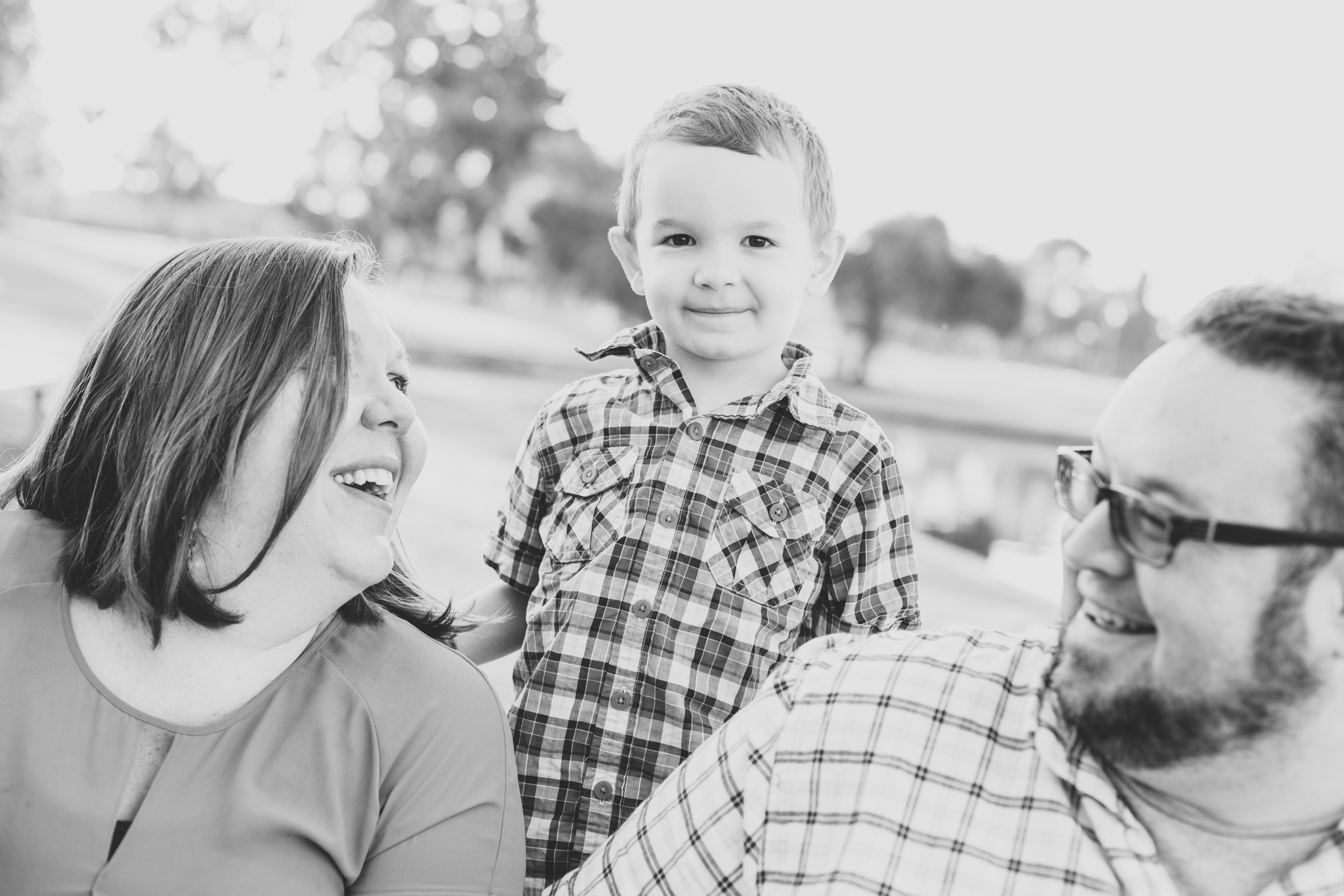 reed black and white scottsdale family portrait