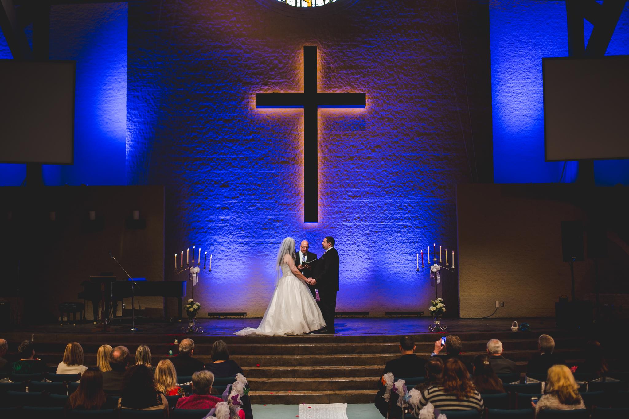 rs oklahoma city wedding wide angle of ceremony