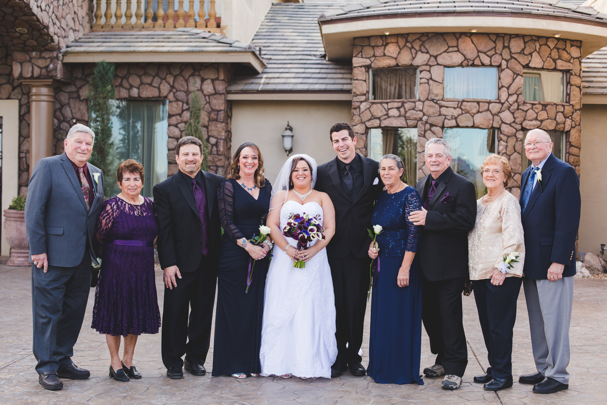aaron kes photography bride groom family shot mj