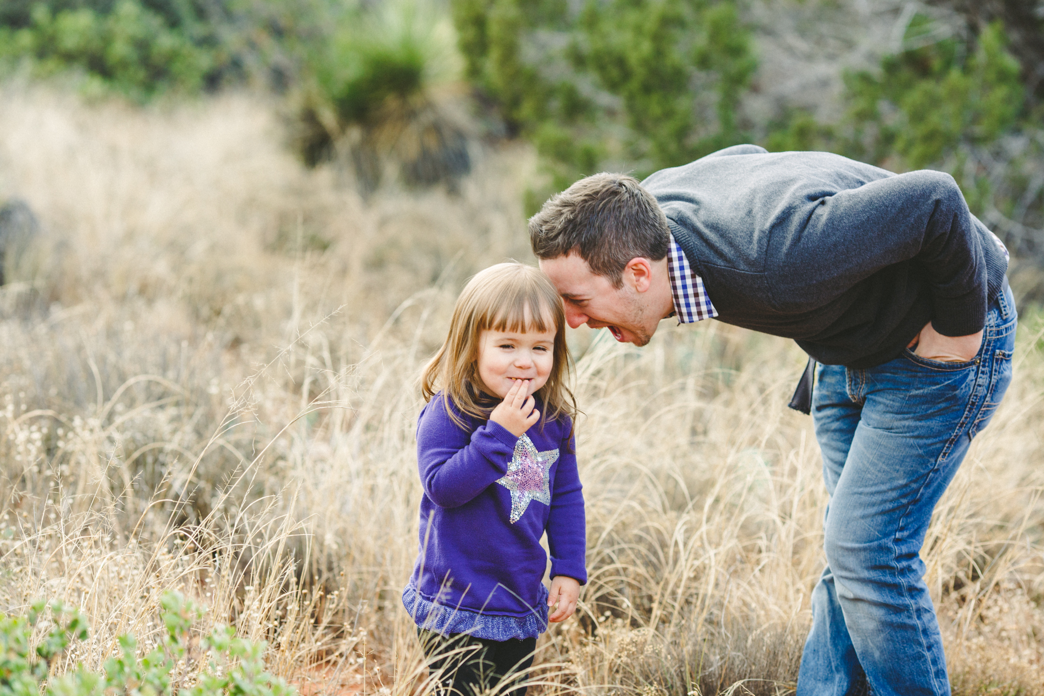 fun father daughter moment sedona aaron kes photography