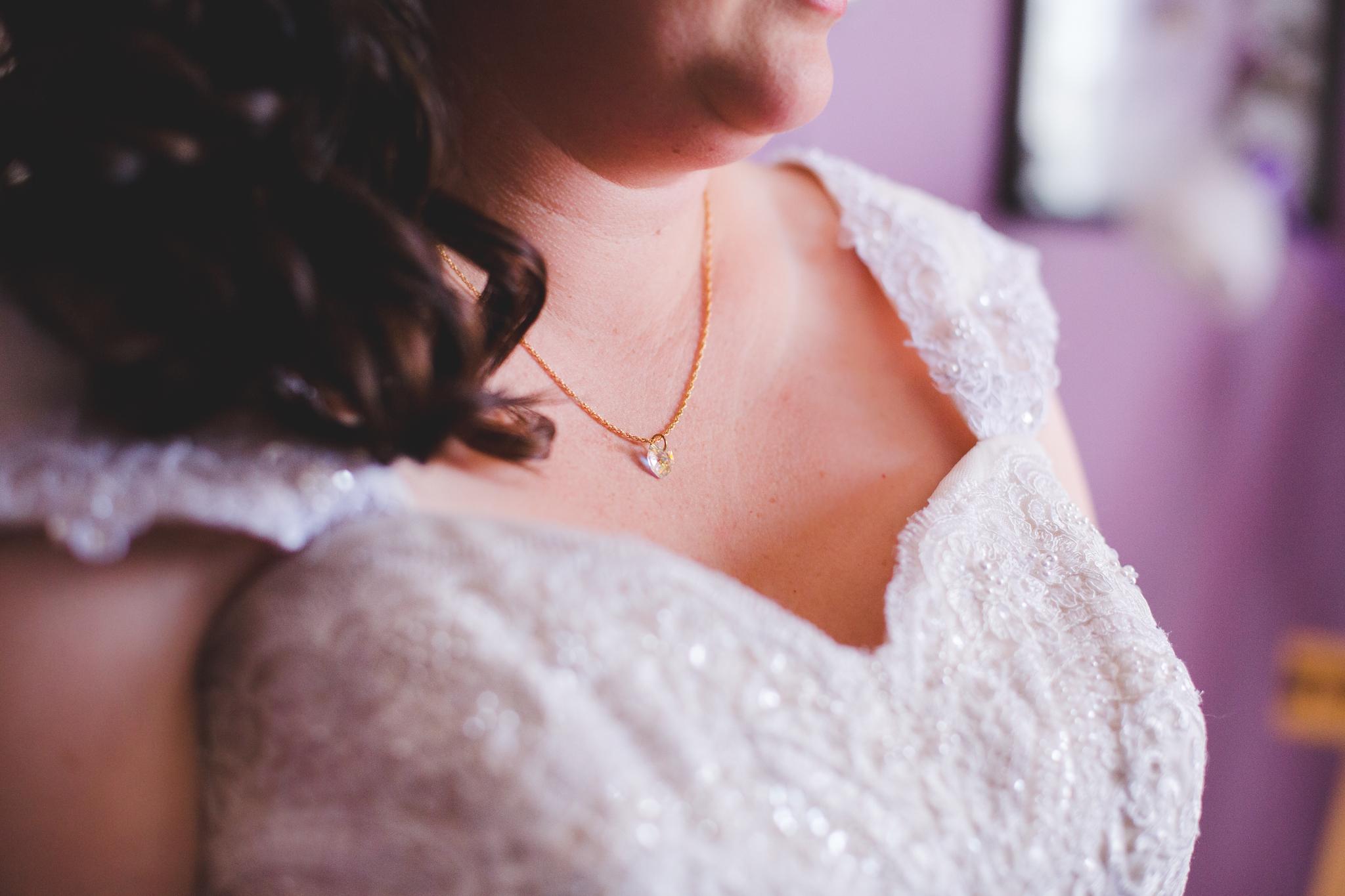 bride's necklace sd