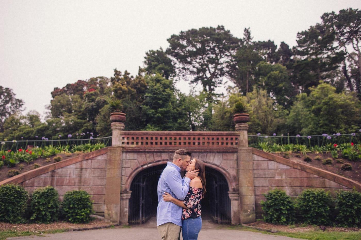 golden-gate-park-engagement-session-bridge