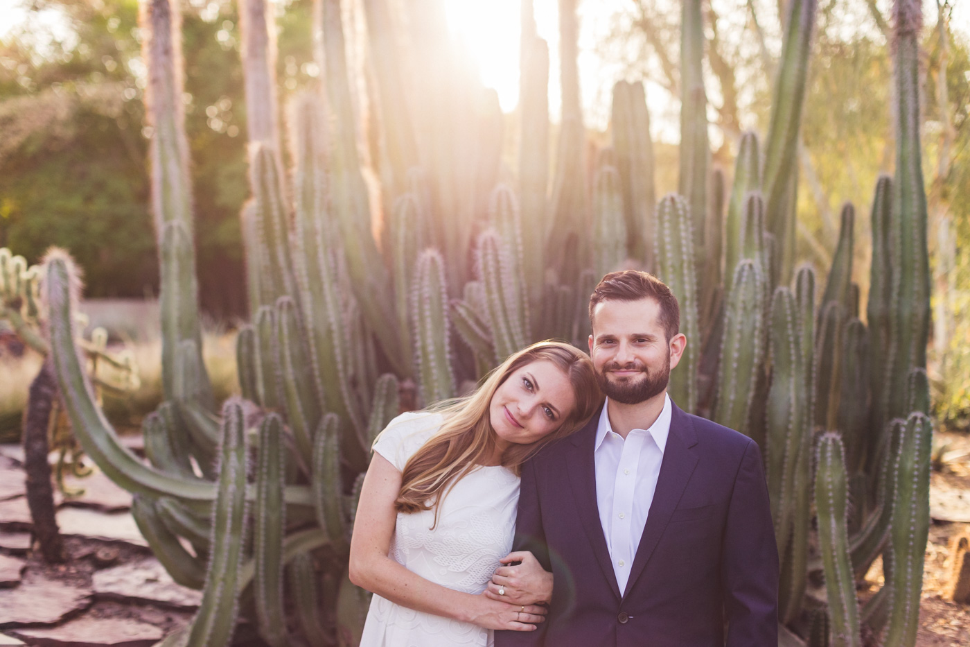 romantic-photo-desert-botanical-garden-engagement-session