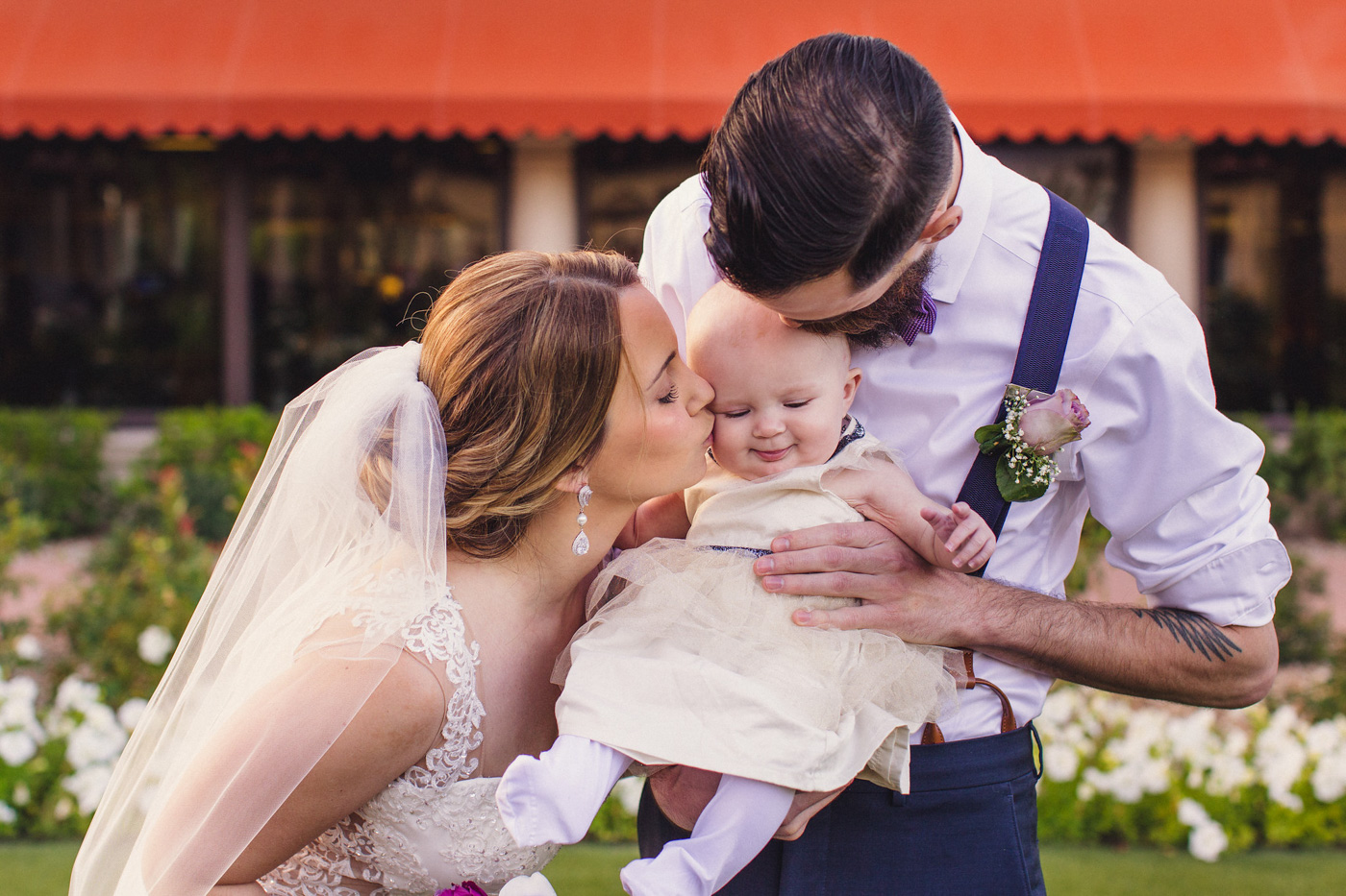 sweet-family-wedding-photo