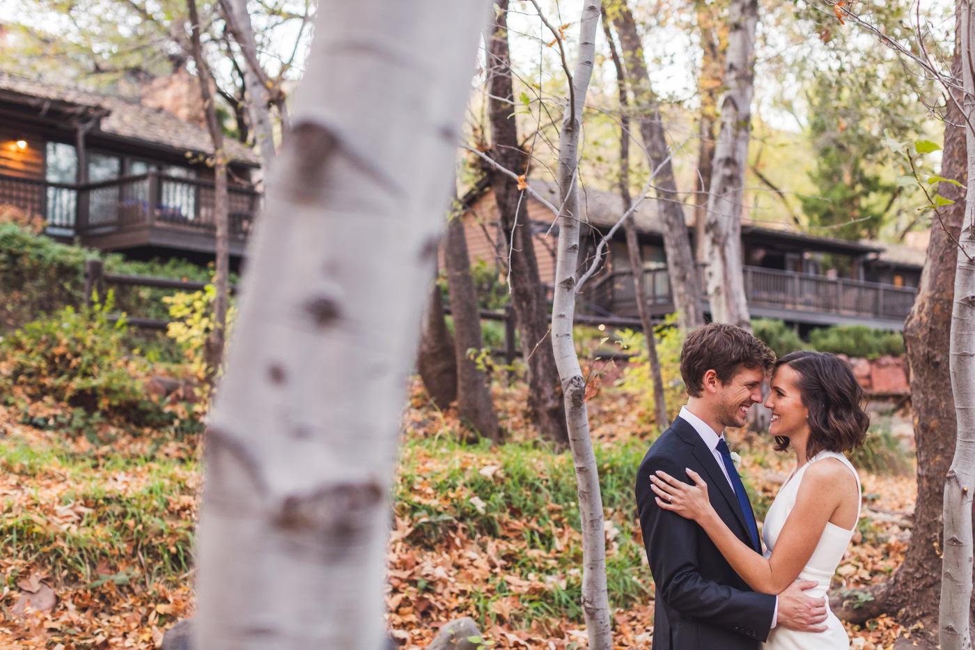 aaron-kes-photography-sedona-intimate-wedding-elopement-24.jpg