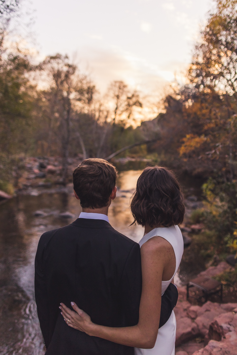 sunset-oak-creek-elopement