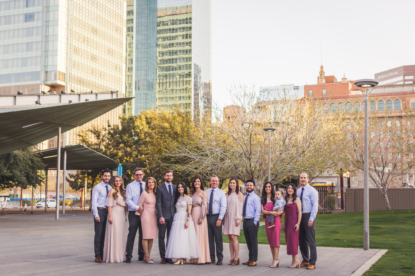 phoenix-wedding-family-group-photo