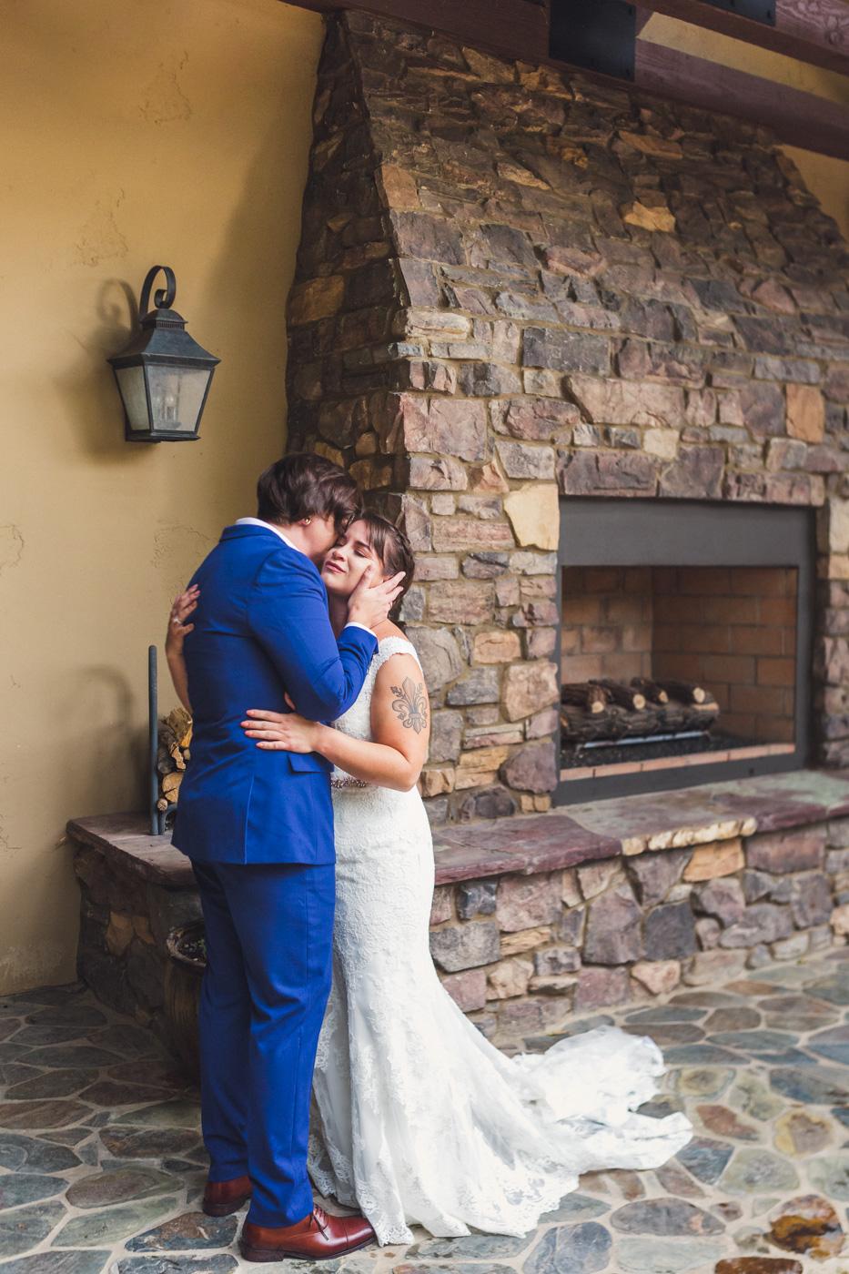 arizona-wedding-emotional-first-look