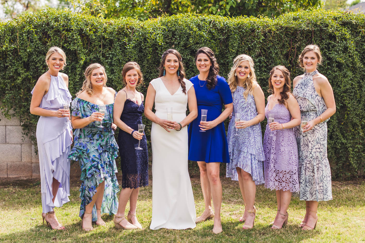 bridesmaids-group-portrait-champagne