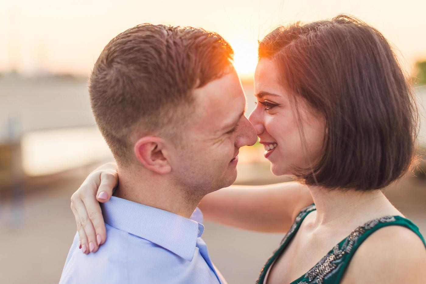 romantic-backlit-sunrise-engagement-session