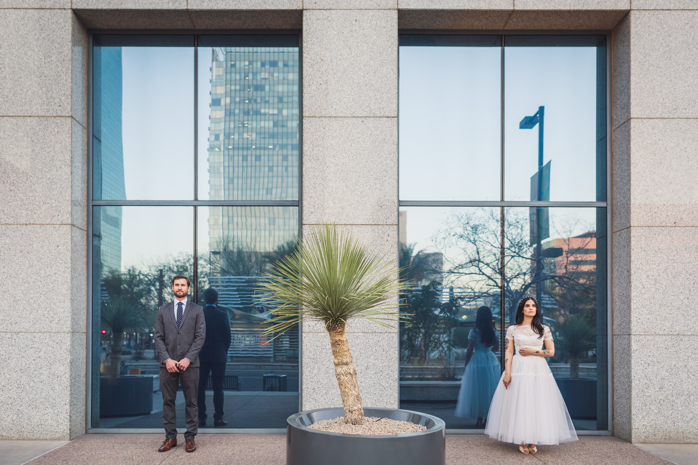 aaron-kes-photography-downtown-phoenix-wedding-session-3.jpg