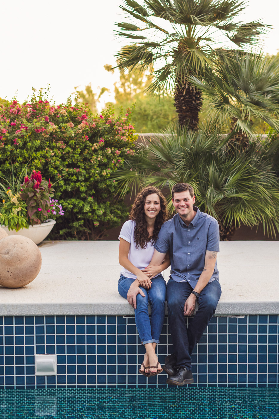 paradise-valley-az-backyard-engagement-session