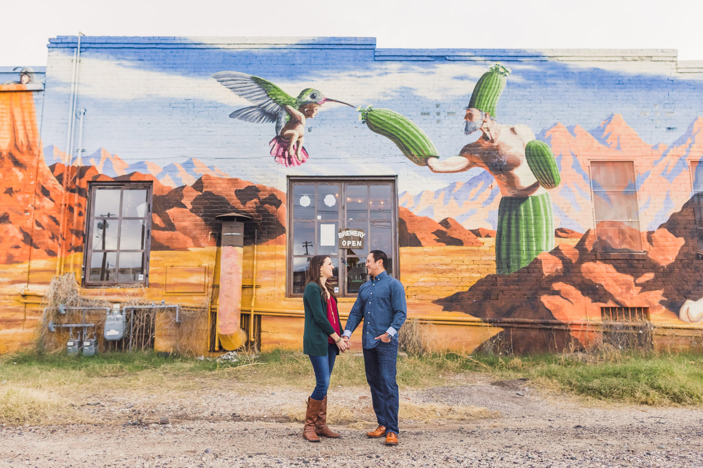 colorful-mural-tucson-engagement-session