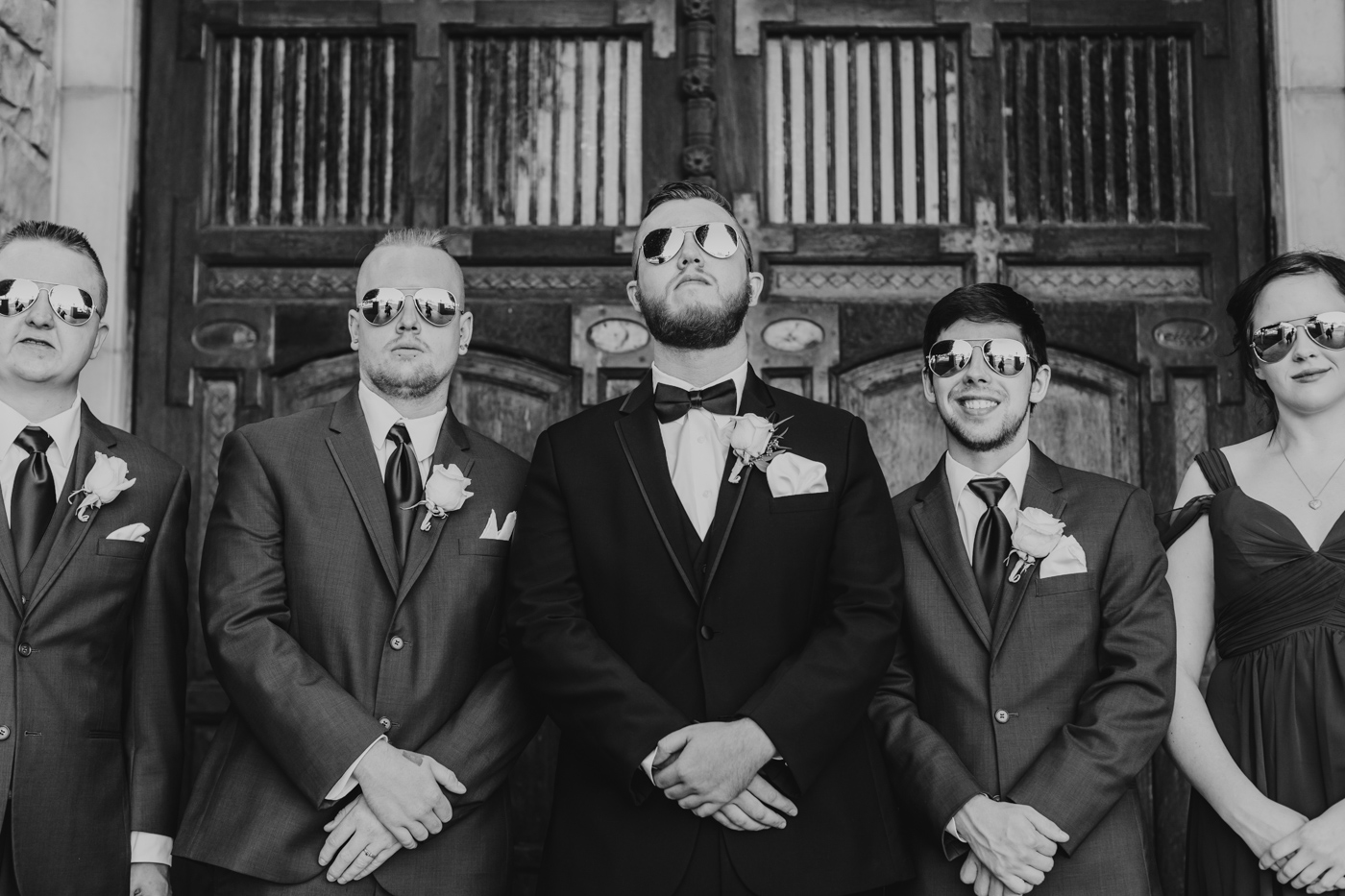 groom-and-groomsmen-the-ashley-castle