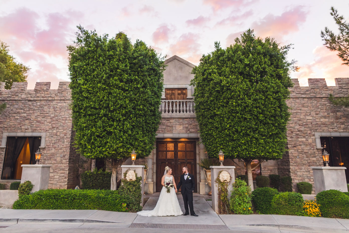 wedding-photos-at-the-ashley-castle