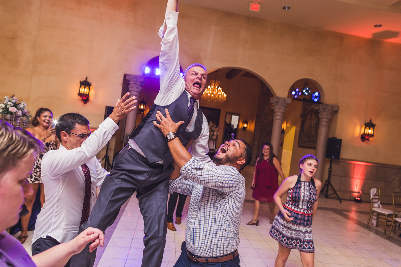 father-of-the-bride-leaping