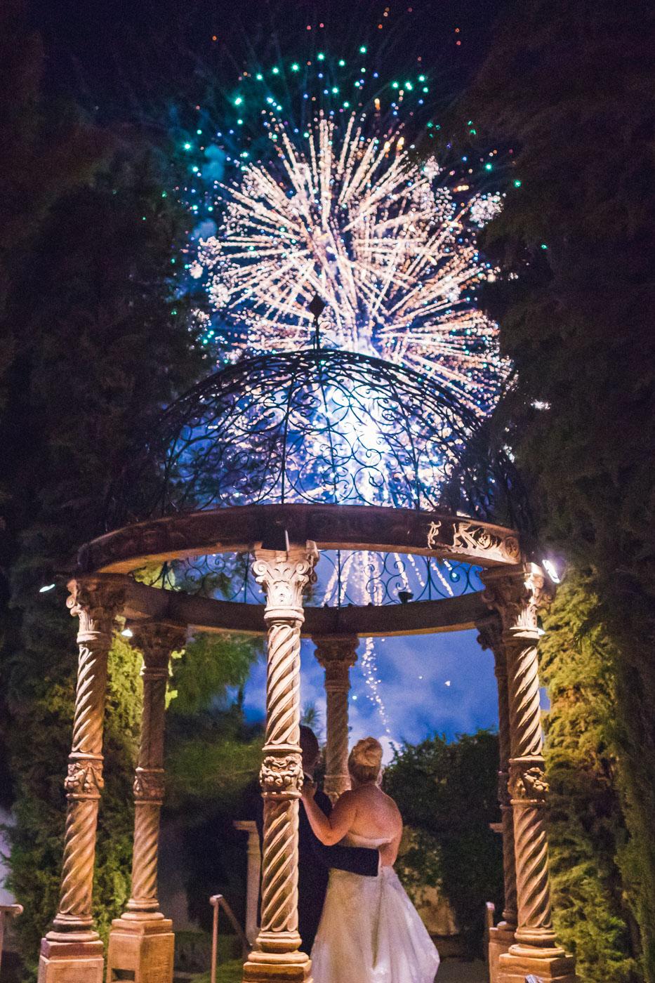 the-ashley-castle-wedding-fireworks