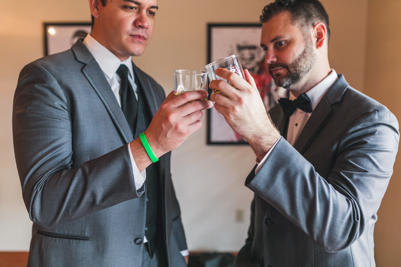 groom-and-best-man-share-drink