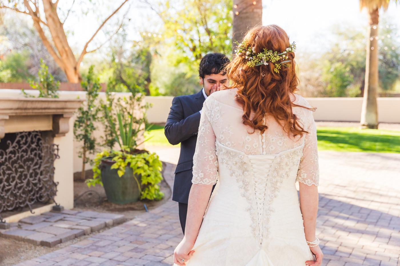 groom-seeing-bride