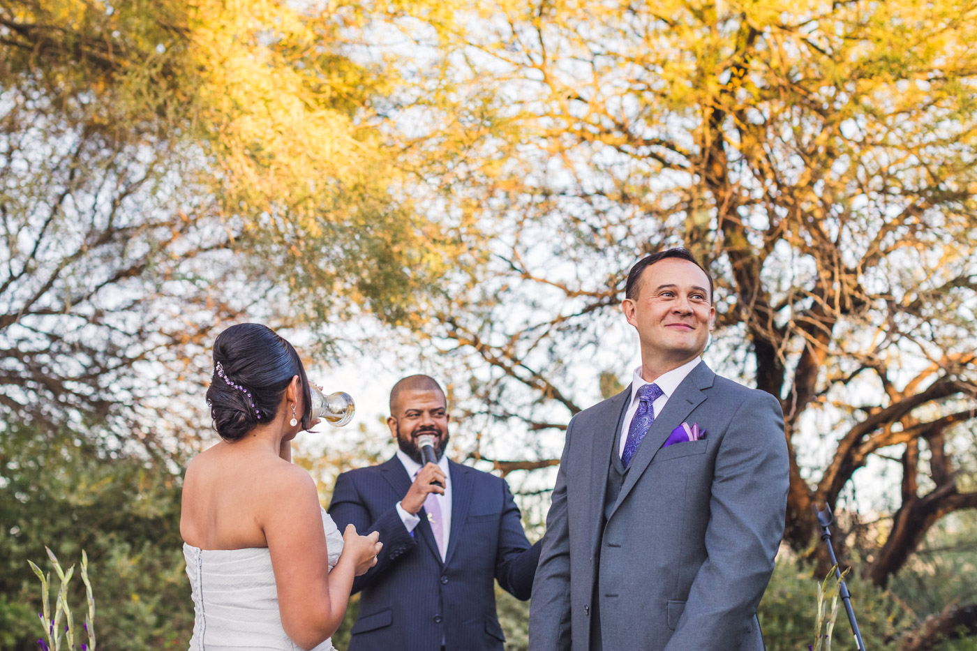 groom-getting-shown-up-by-bride
