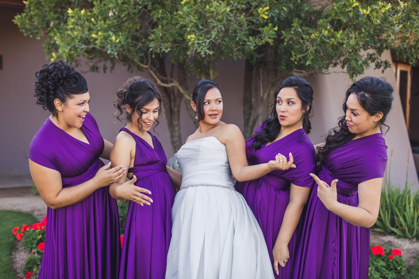 bride-and-bridesmaids-checking-each-other-out