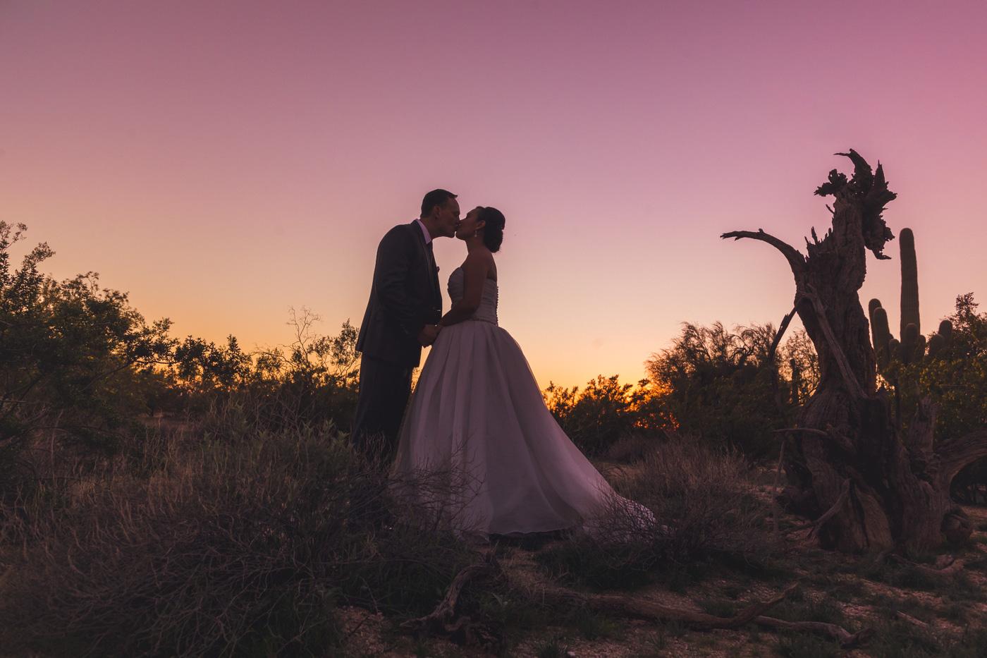 grayhawk-golf-club-wedding-photos-silhouette