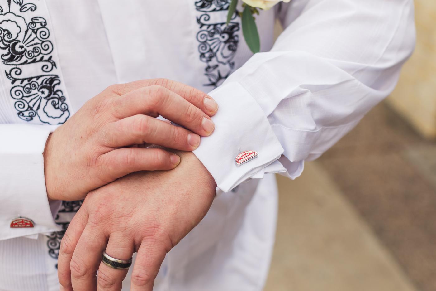grooms-chicago-cubs-cufflinks