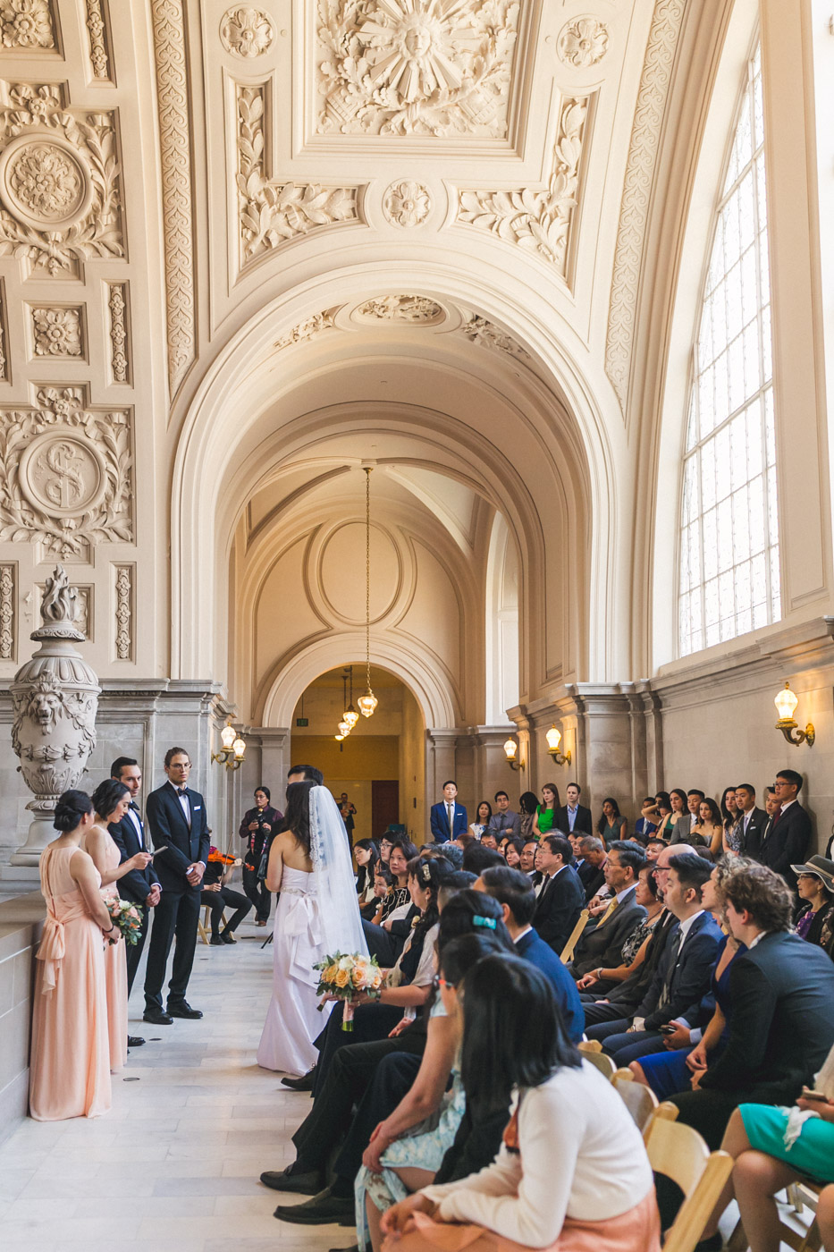san-francisco-city-hall-4th-floor-gallery-wedding