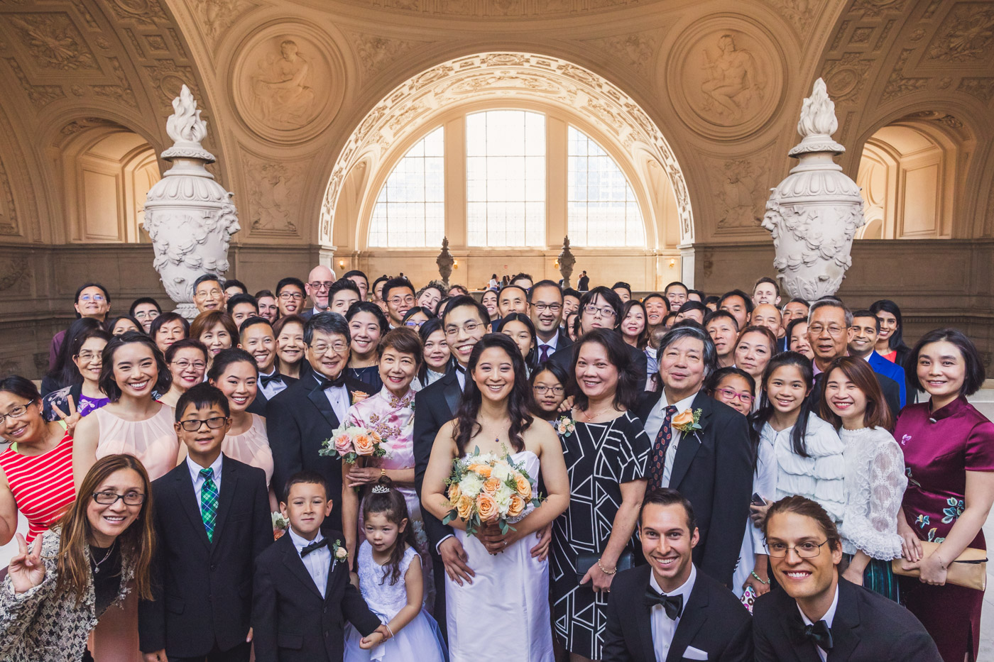 giant-wedding-guest-photo-sf-city-hall