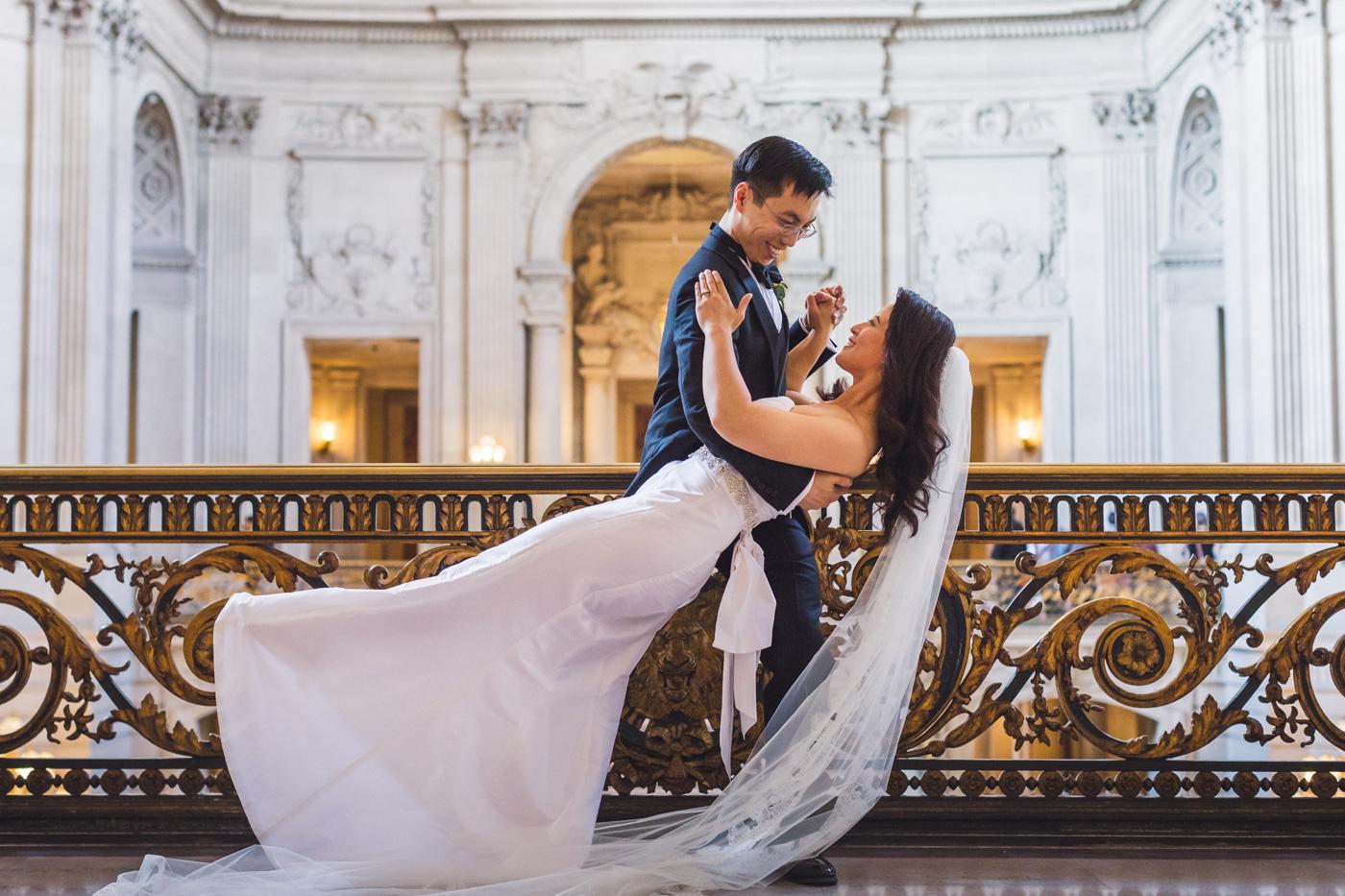 aaron-kes-photography-san-francisco-city-hall-wedding-33.jpg