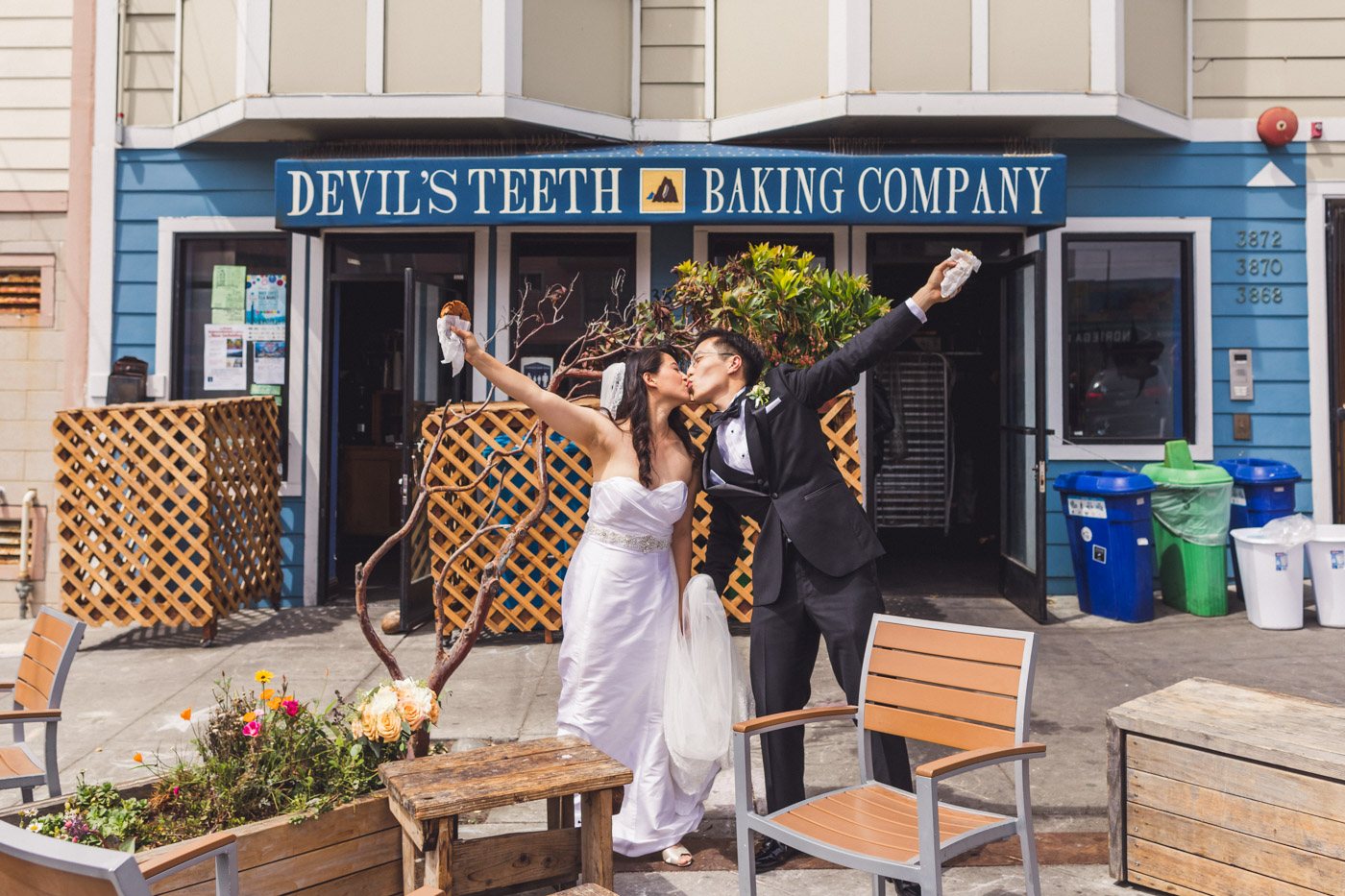 devils-teeth-baking-company-sf-wedding-portraits