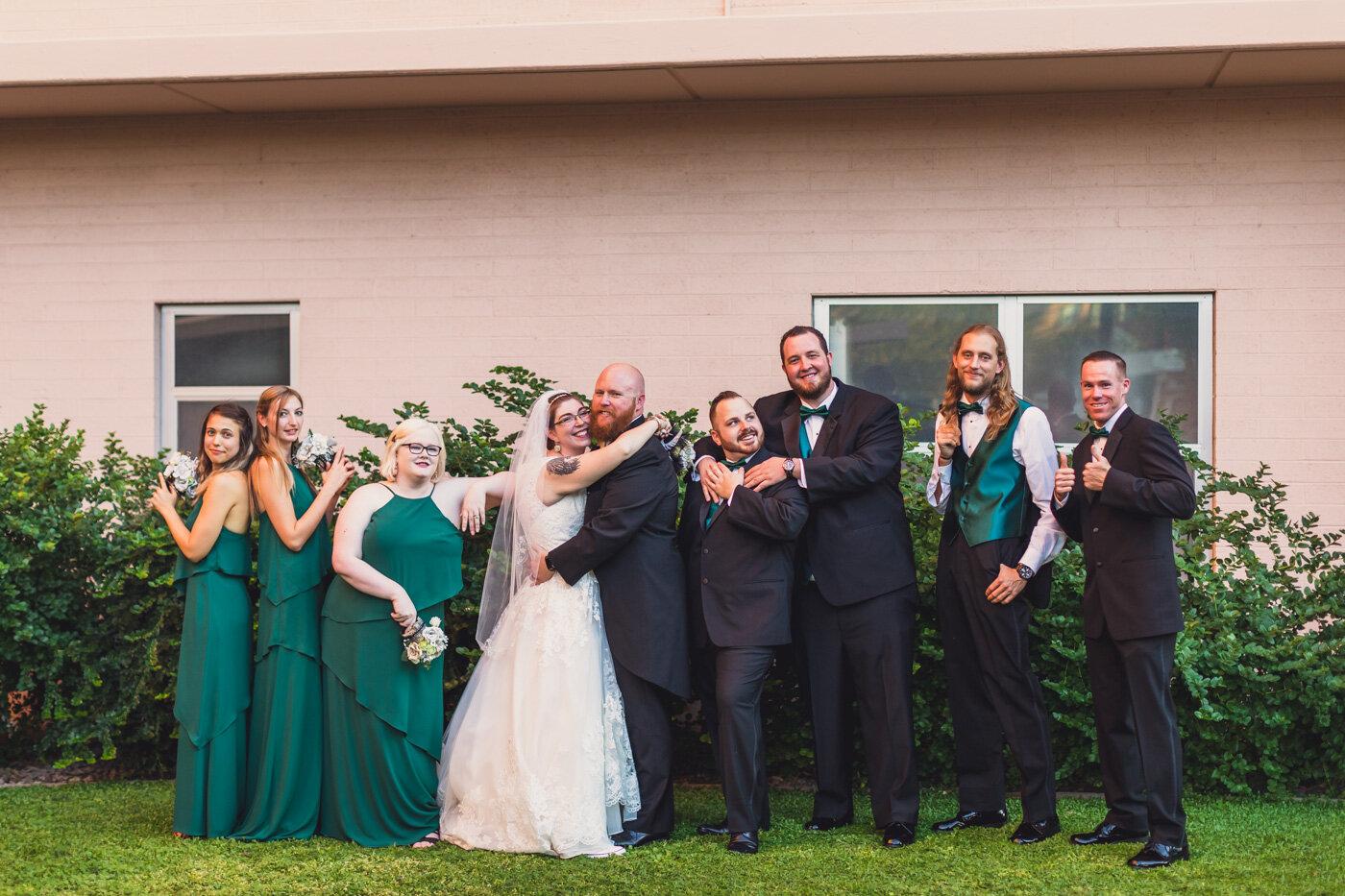 phoenix-wedding-party-fun-group-shot