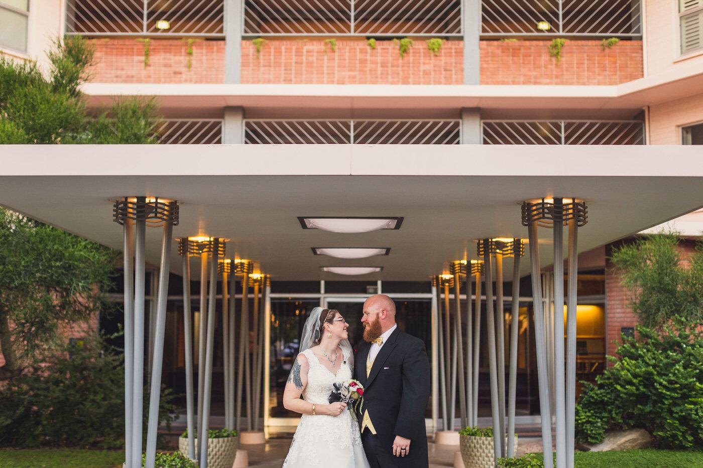 midtown-phoenix-wedding-portrait