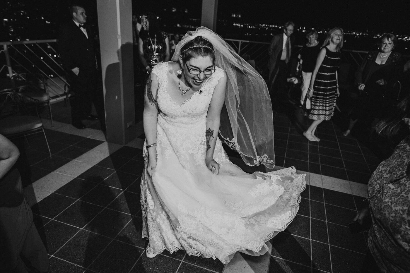 bride-dancing-at-wedding