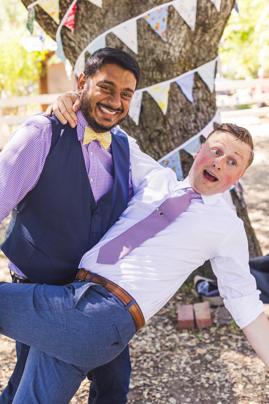 fun-wedding-guest-and-groom