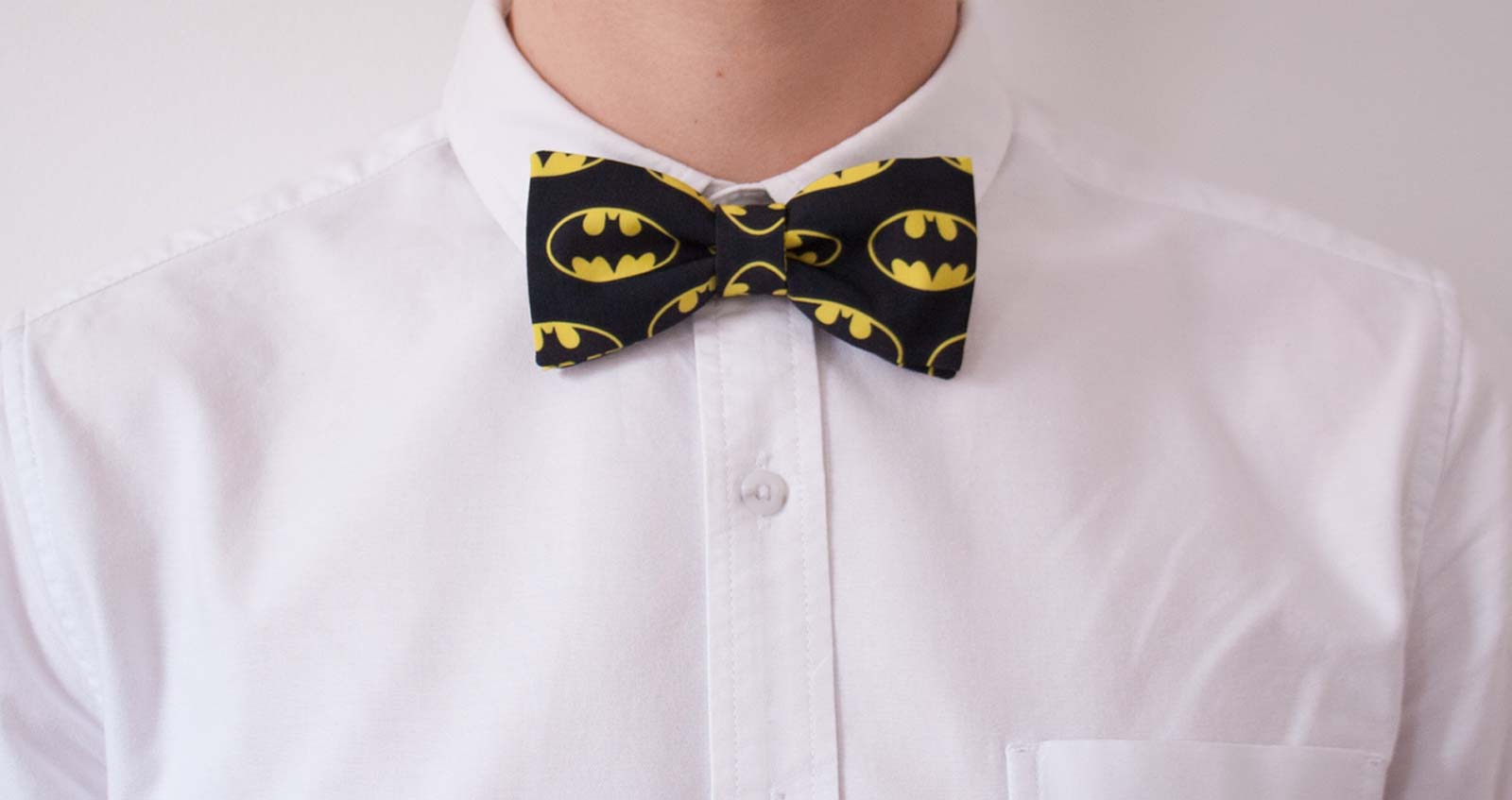 CustomPrinted Fabric  Pre-tied Bow Tie