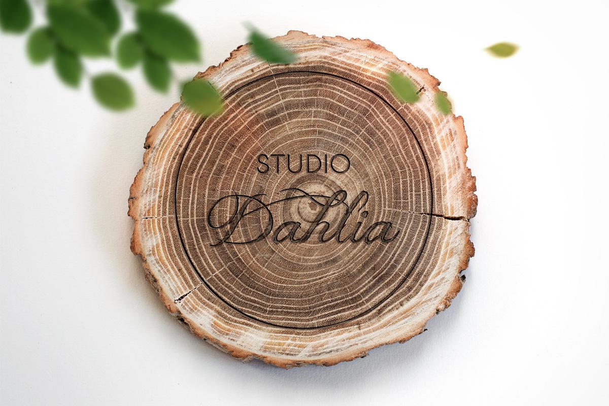 Dahlia-logo-wood