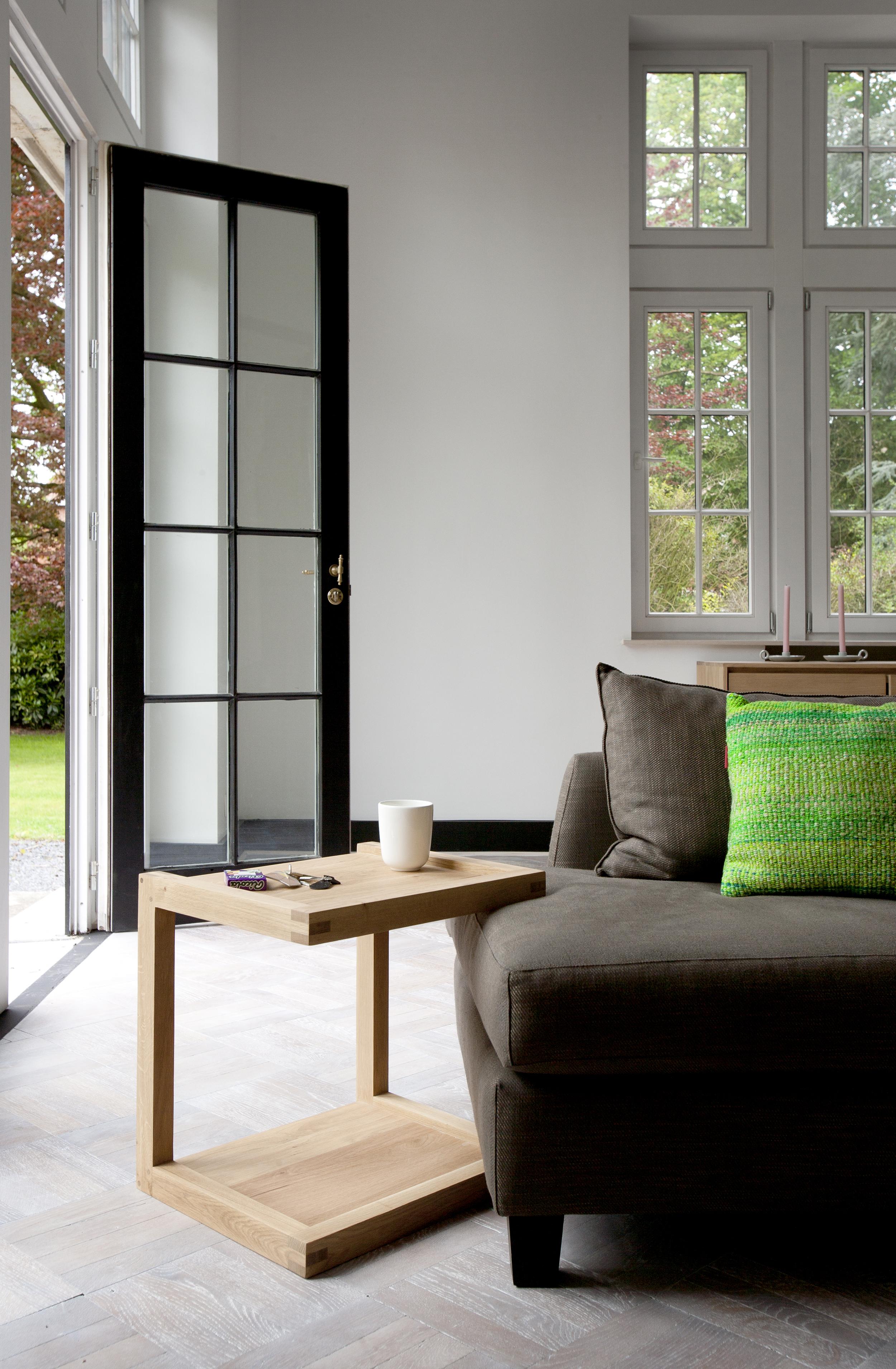 50517 Oak Frame sofa side table (2).jpg