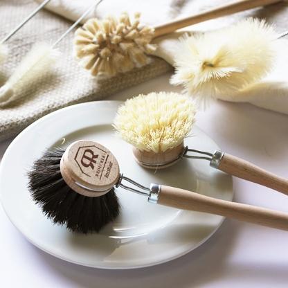 Brushes & Utility -