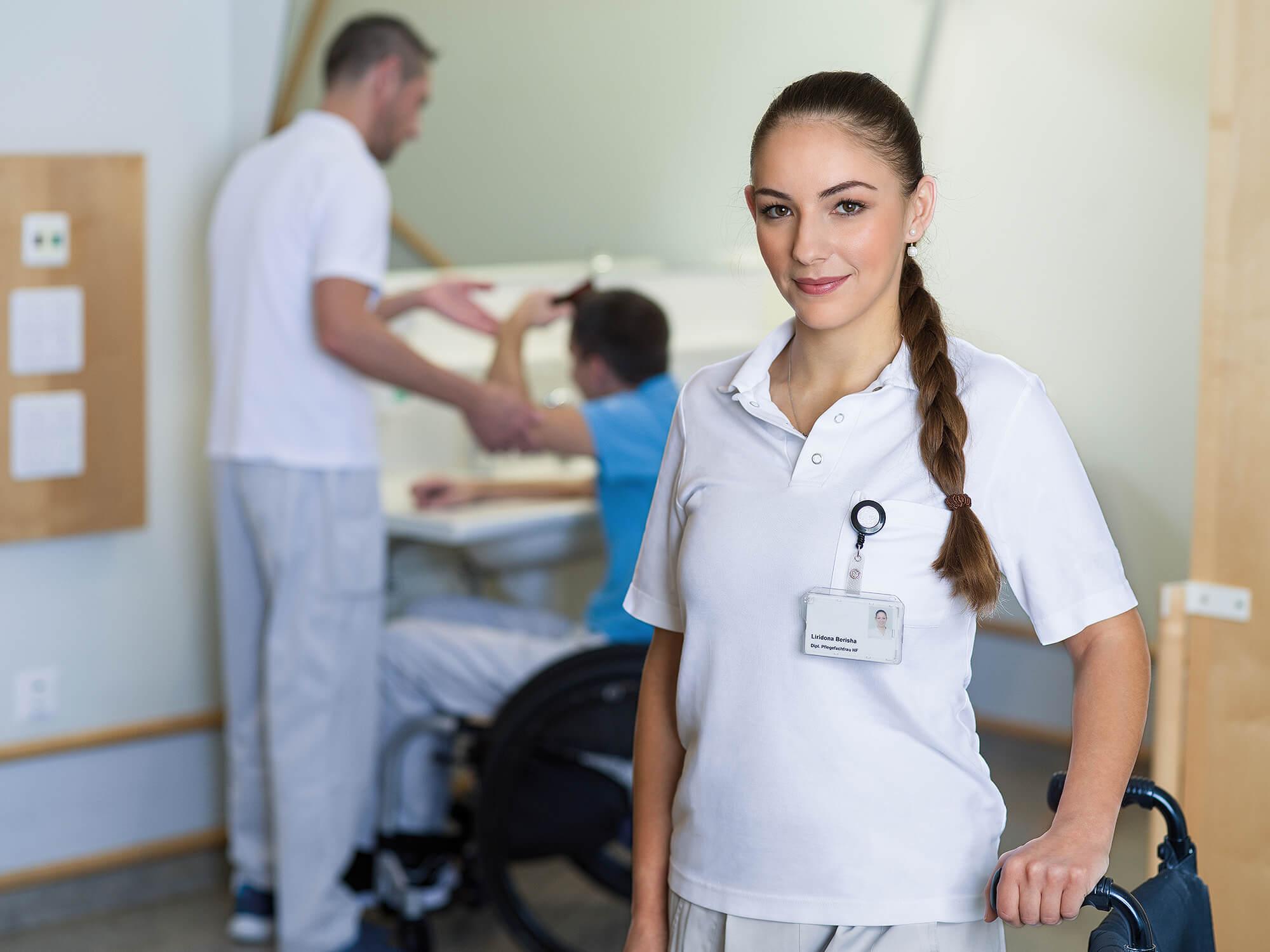 Liridona Berisha, Pflegefachfrau im Paraplegikerzentrum