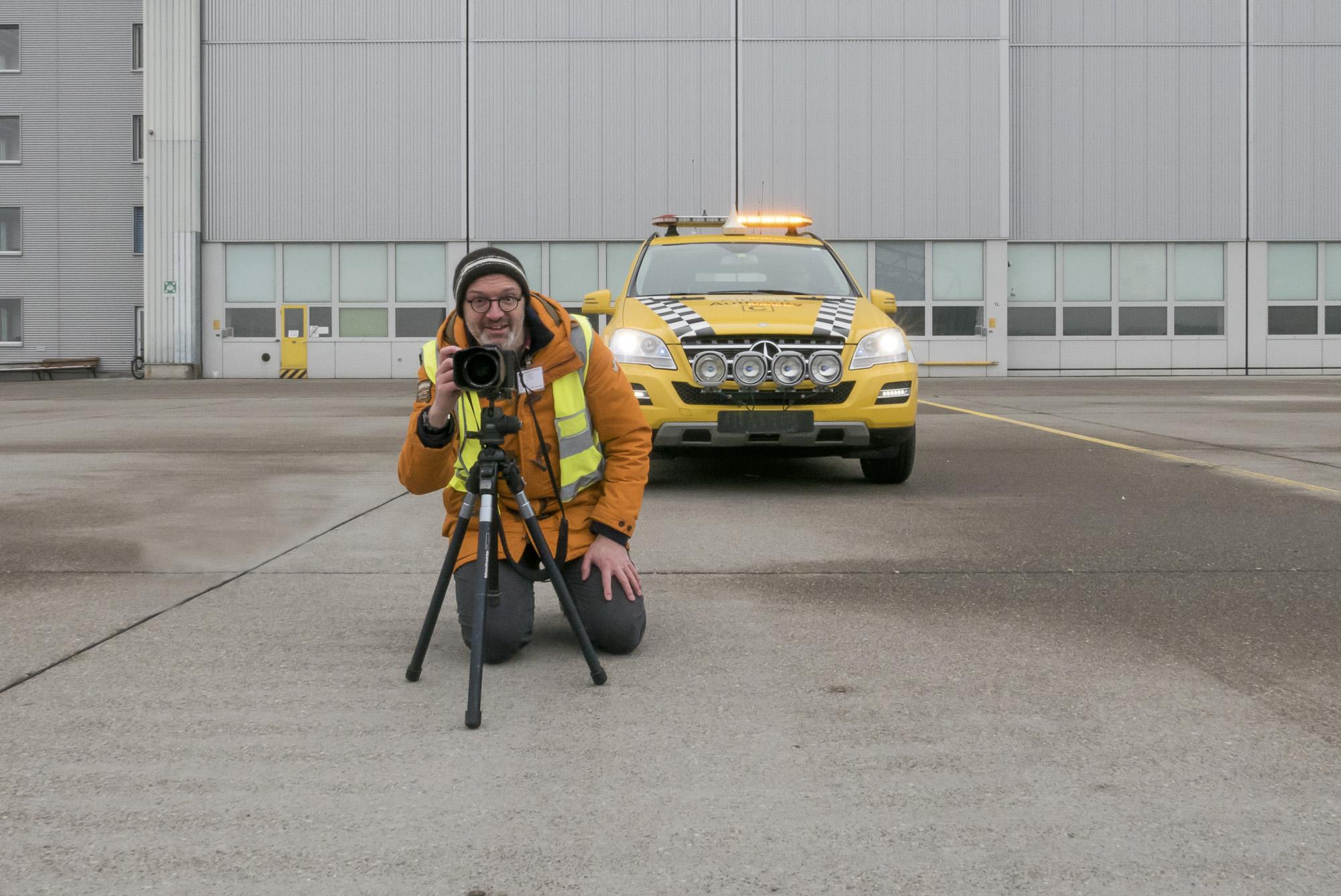 Auf dem Flughafengelände unterwegs mit der Leica SL (Foto: Lea Fassbinder)
