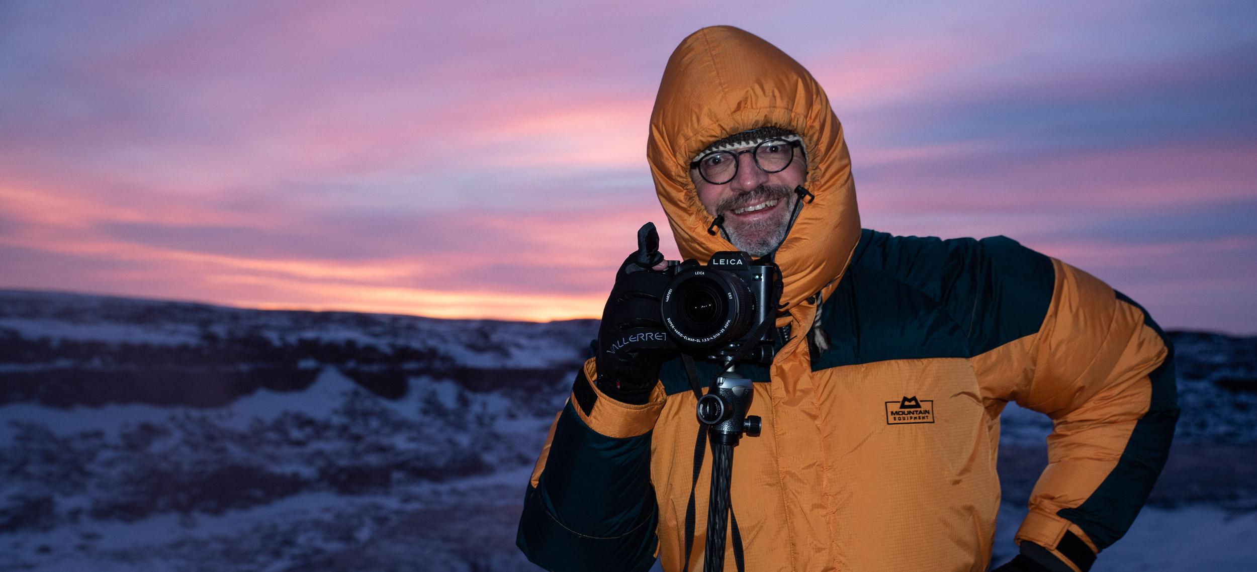 Sonnenaufgang am Dettifoss bei -12°C. Die SL hat in allen Bedingungen hervorragend funktioniert. Foto:  Armin Unger